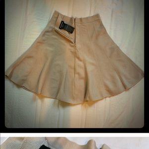 Bebe pleated skirt